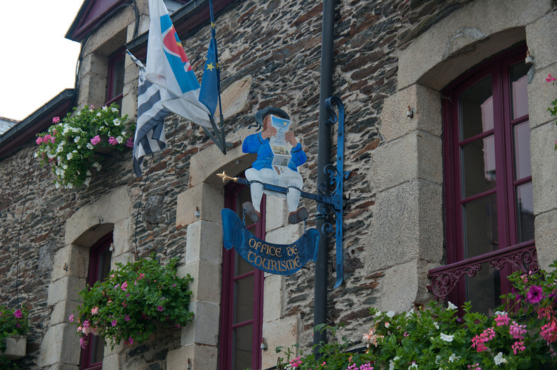 06.09.2010 -  Rochefort en-Terre, France-9.jpg