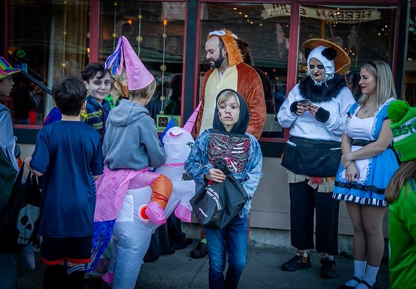 Around the Stoplight, Set three: Halloween on Vashon Island 2019