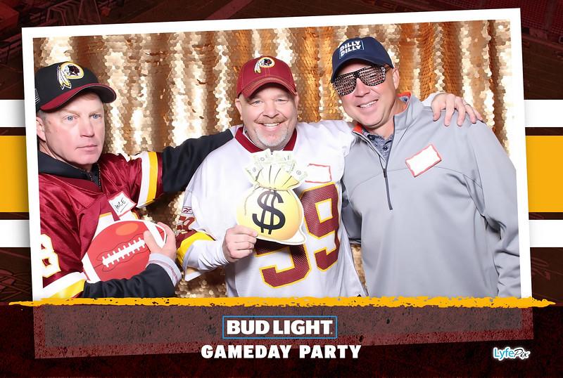 washington-redskins-philadelphia-eagles-football-bud-light-photobooth-20181203-201221.jpg