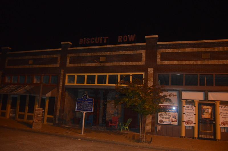 065 Biscuit Row.jpg