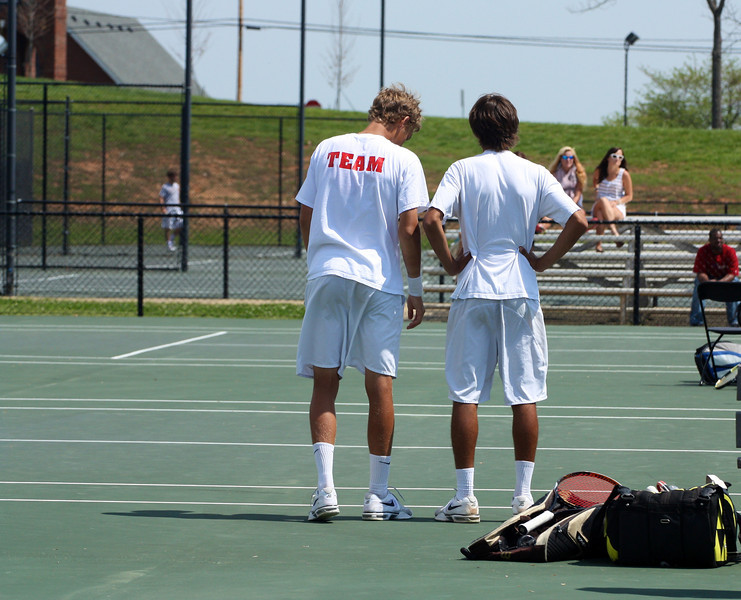 Adam Knutsson-Sundblad and Roman Piftor during Sunday's Tennis match against SC State