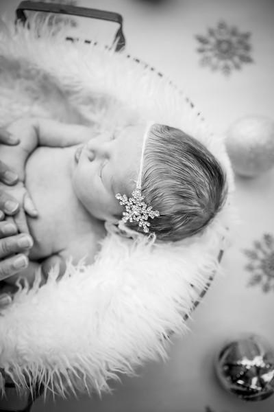 bw_newport_babies_photography_hoboken_at_home_newborn_shoot-5623.jpg