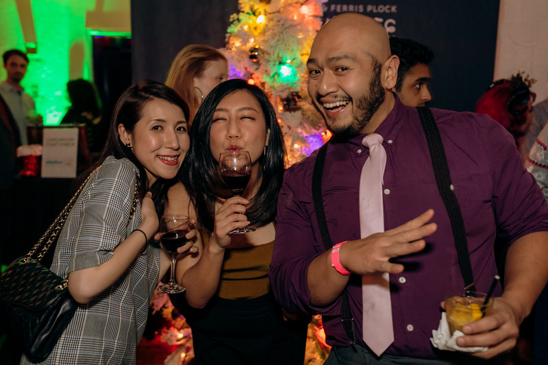2019-12-06_OhSnapVisuals_CrunchyRoll_HolidayParty_CARD2_0105.jpg