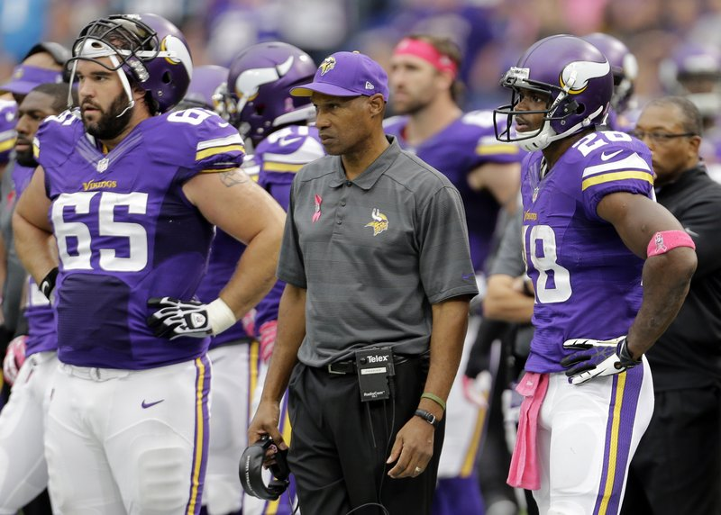 ". <p>1. (tie) LESLIE FRAZIER <p>Wondering what college�s defensive backs he�ll be coaching next season. (unranked) <p><b><a href=\'http://www.twincities.com/sports/ci_24301793/panthers-35-vikings-10-carolina-toys-hapless-hosts\' target=""_blank\""> HUH?</a></b> <p>    (AP Photo/Ann Heisenfelt)"
