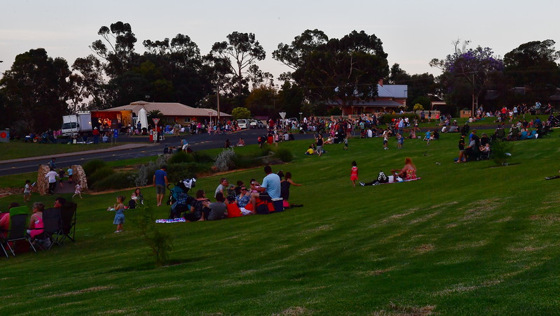 Loxton Lights Up 2017