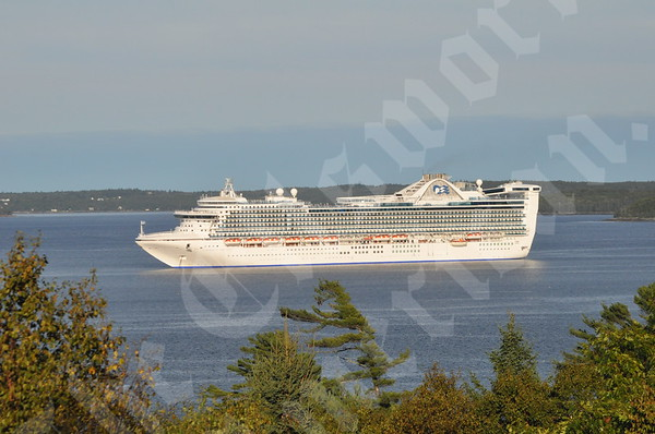 Cruise Ships Visit Bar Harbor