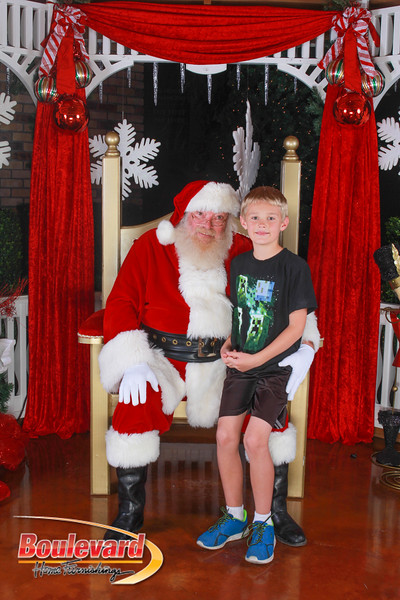 Santa 12-10-16-349.jpg