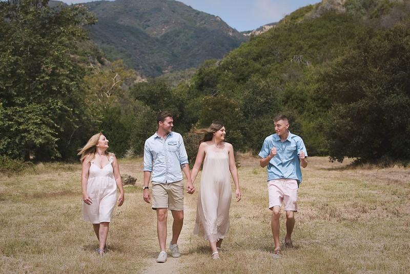 Los Leones Canyon Family Portrait -096.jpg