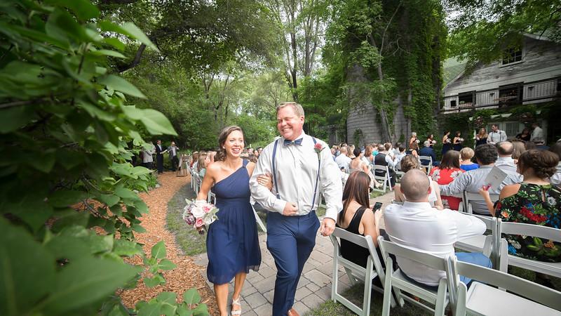 Garrett & Lisa Wedding (390).jpg