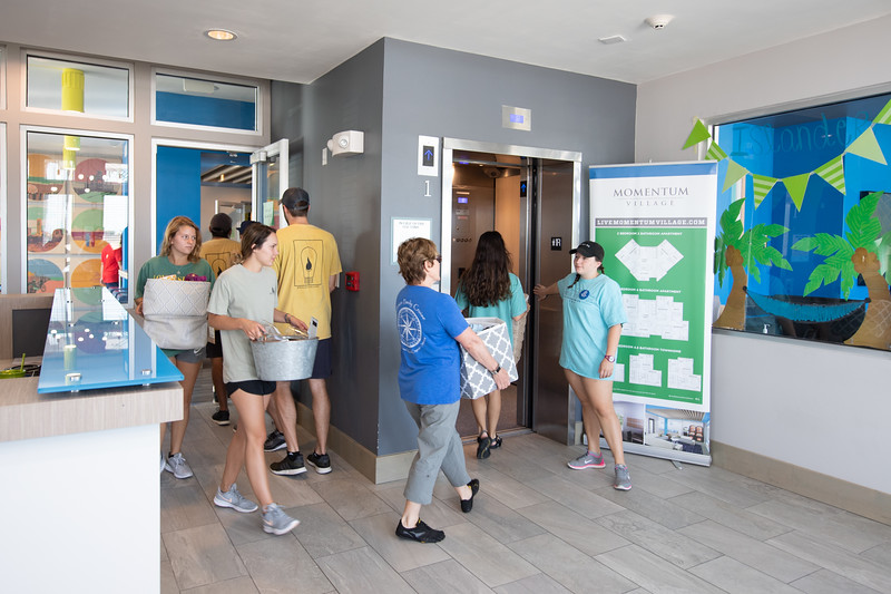 2018_0823-MoveInDay-MomentumVillage-3652.jpg