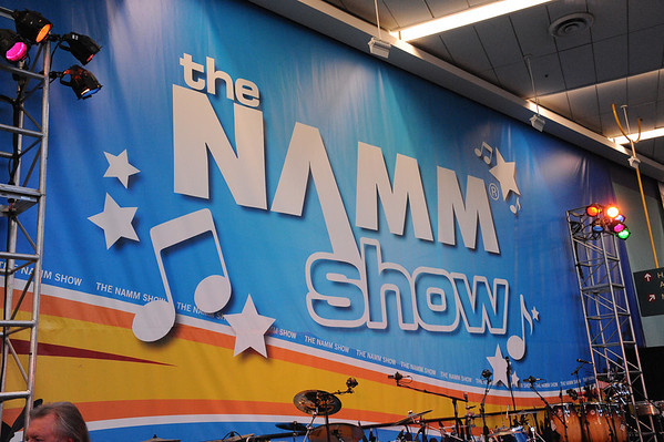 2010-01-14, NAMM  Icon Jam (Winter NAMM - all star jam)  2 photographers, view entire file to see all your pictures..