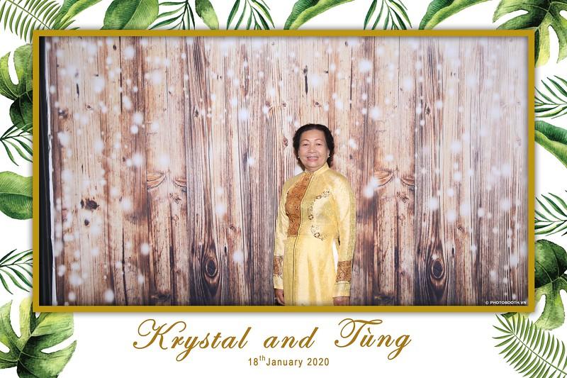 Krystal-Tung-wedding-instant-print-photo-booth-in-Ho-Chi-Minh-City-Chup-hinh-lay-lien-Tiec-cuoi-WefieBox-Photobooth-Vietnam-018.jpg