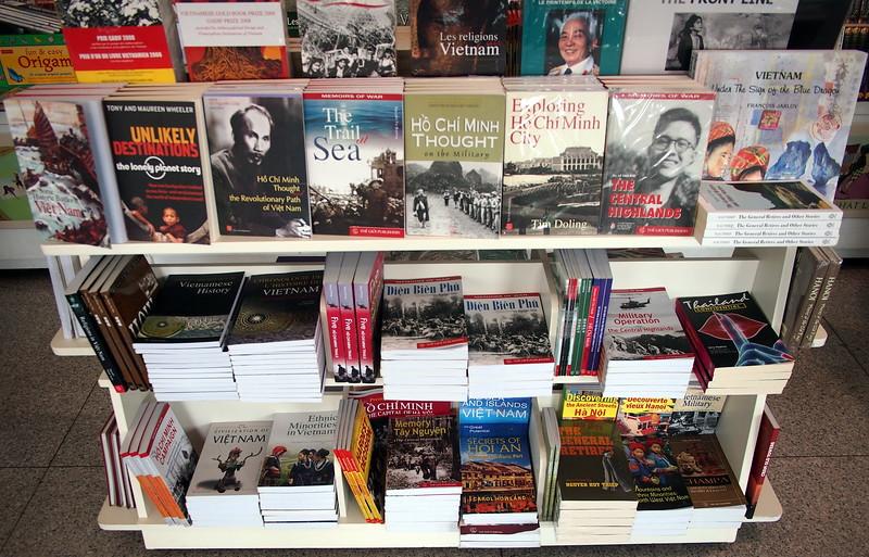 P2057487-vietnam-books.JPG