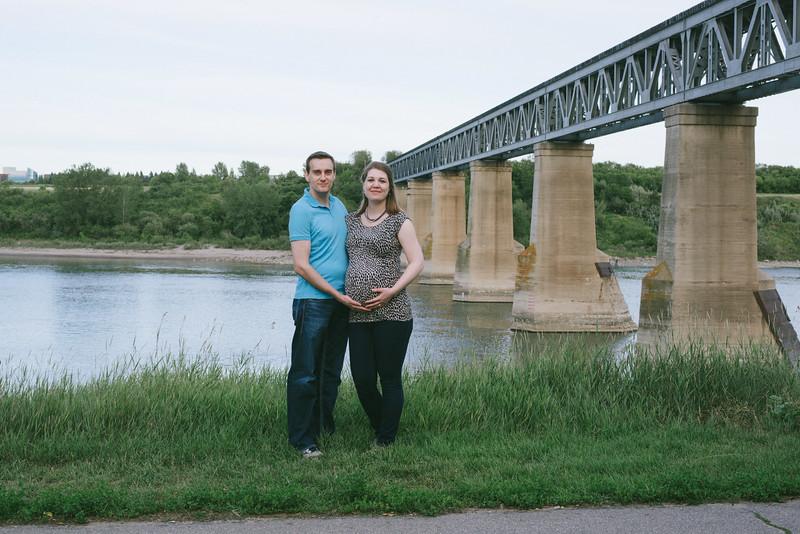 Chris&Denise_Maternity-54.jpg