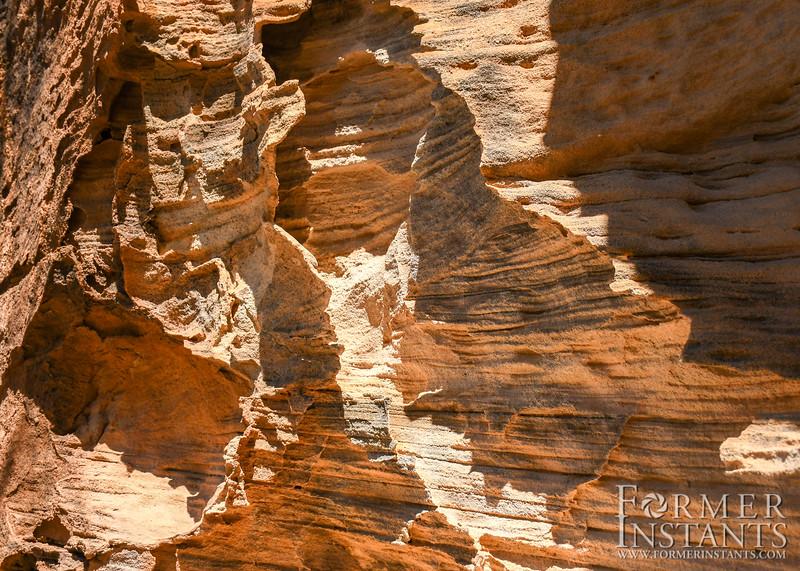 sandstone_caves-10.jpg