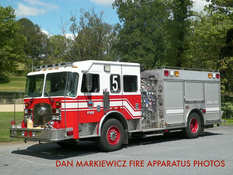 READING FIRE DEPT. ENGINE 5 2002 KME PUMPER