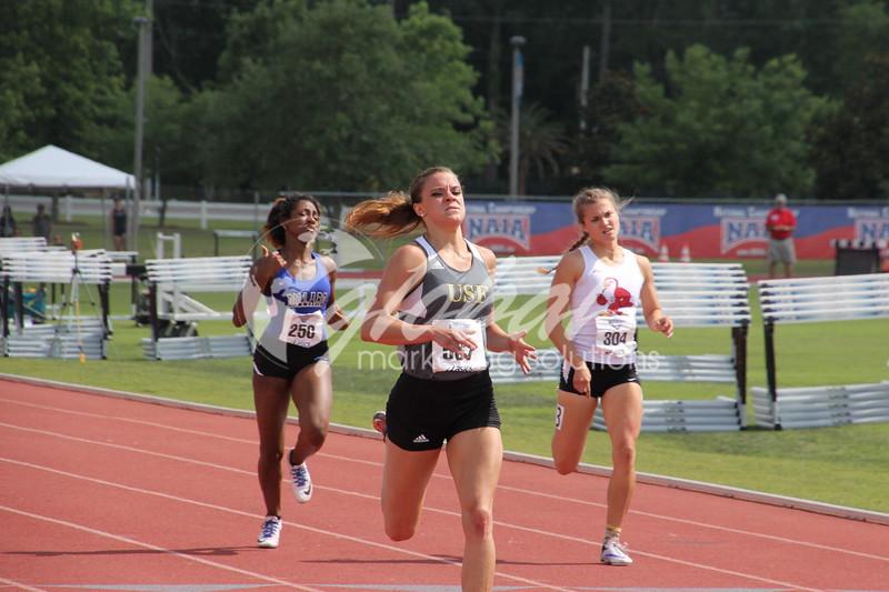 NAIA_Womens400m_J3_GMS05272016_GMS961.jpg