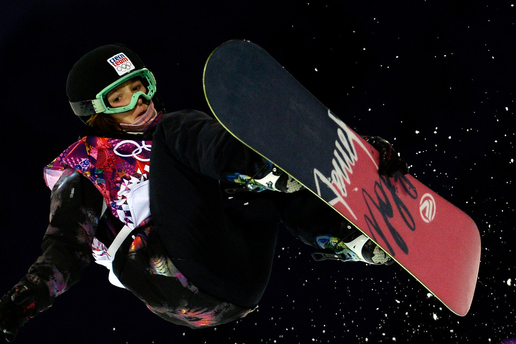 . Czech Republic\'s Sarka Pancochova competes in the Women\'s Snowboard Halfpipe Semifinals at the Rosa Khutor Extreme Park during the Sochi Winter Olympics on February 12, 2014.  AFP PHOTO / FRANCK FIFE/AFP/Getty Images
