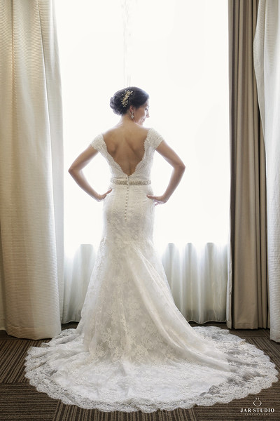 05-stunning-wedding-dress-orlando-bridal-disney-photographer.JPG
