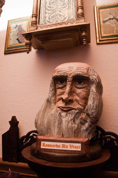 2013.03 - Trip to San Antonio - Leonardo Da Vinci bust carved by Papa Ben