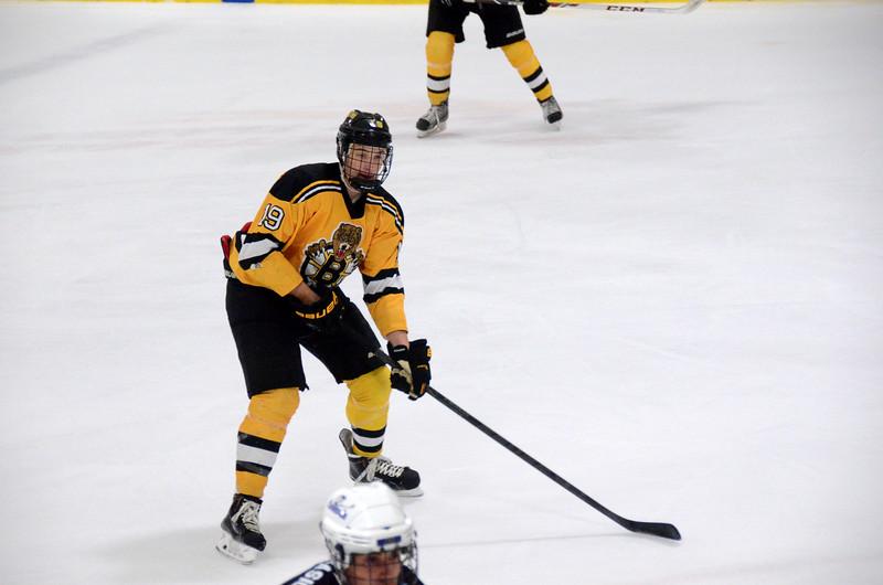 140913 Jr. Bruins vs. 495 Stars-014.JPG