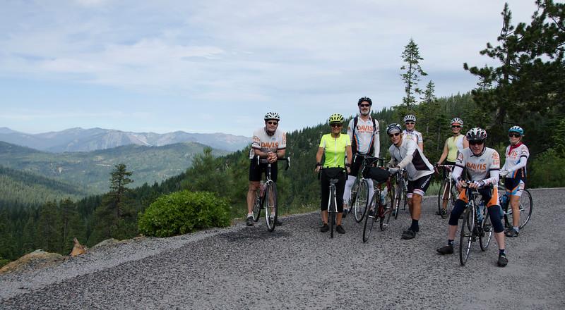 Overlooking the Trinity Alps: Dave Joshel, Maria Tebbutt, Brian Gegan, Mark Tebbutt, Monica Rudman, Martha Gegan, Alan Hill, Marnelle Gleason