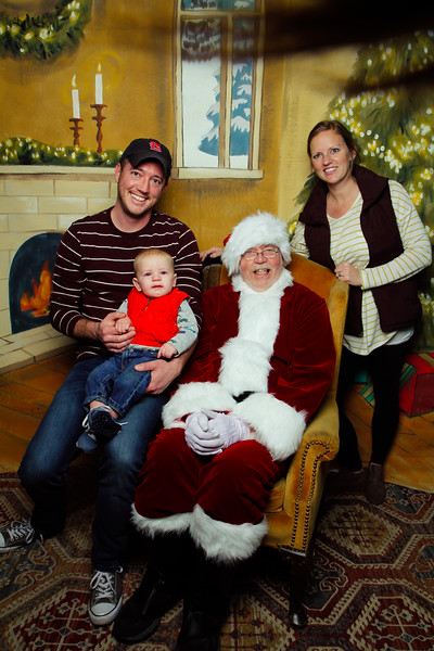 Pictures with Santa Earthbound 12.2.2017-117.jpg