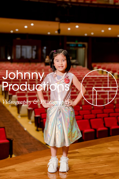0070_day 1_orange & green shield portraits_red show 2019_johnnyproductions.jpg