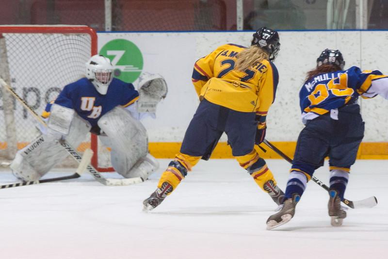 20130310 QWHockeyvsUBC 305.jpg