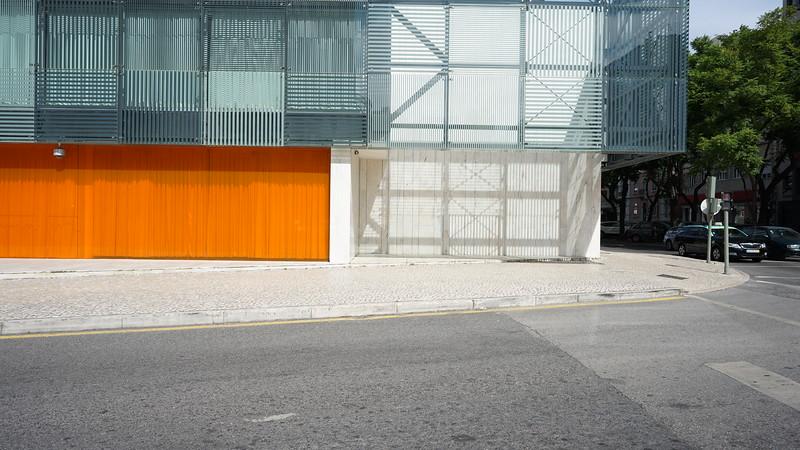 Modern bulding Lisboa (288).JPG