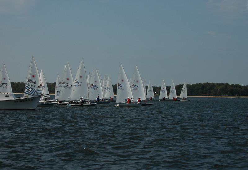 Start of Race 2: 121366 Jeremy Waters, 100661 Jacie Swenson, 116411 Jay Buhl, 188842 Chris Rouzie, 2102 Mike Miller, 181107 John Hubbard