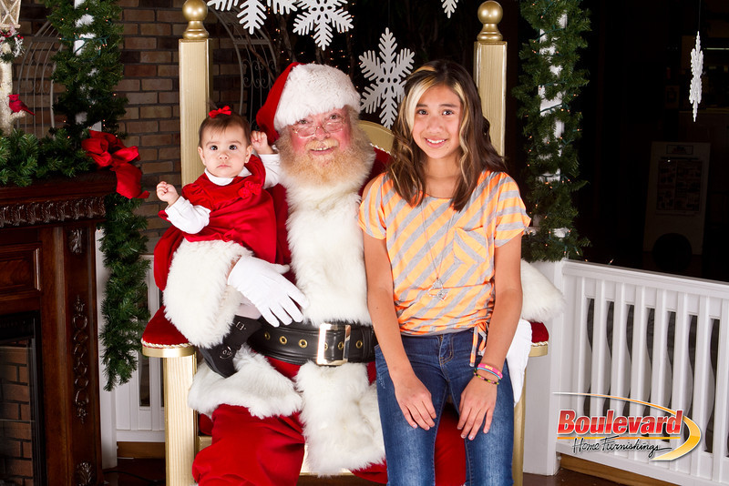 Santa Dec 8-323.jpg