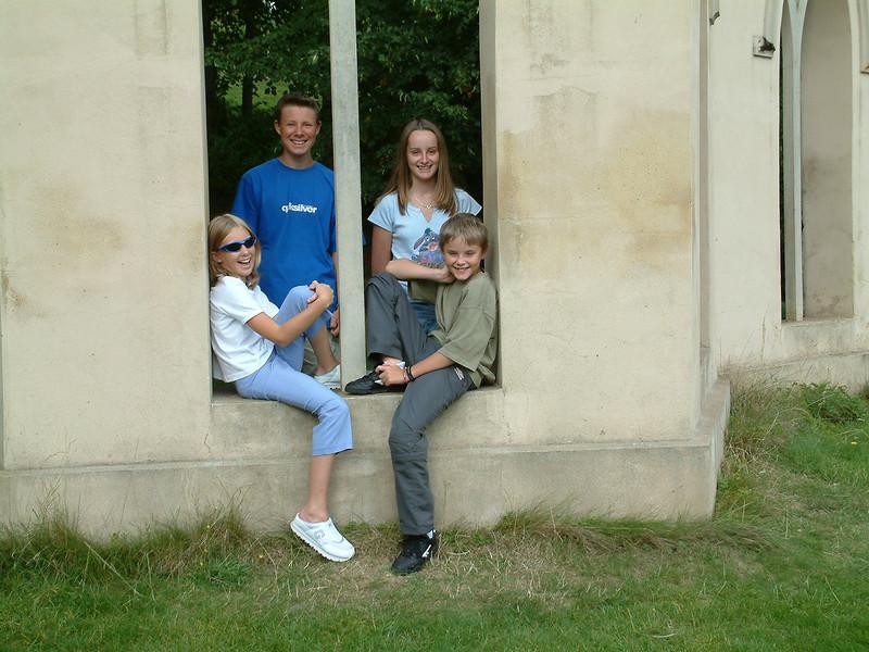 Painshill Park August 2002 003.JPG