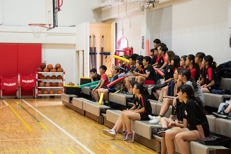 PE Leadership-Gr12 and Gr6 Volleyball Workshops-YIS_2488-2018-19.jpg