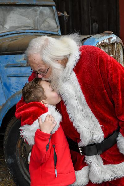 Santa2019-115.jpg