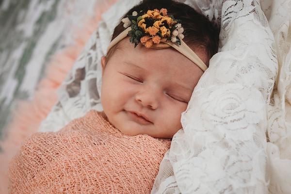 Navi Doran Newborn 2019