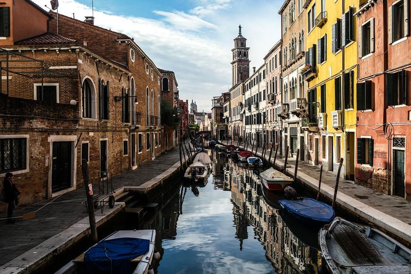 Venezian water street