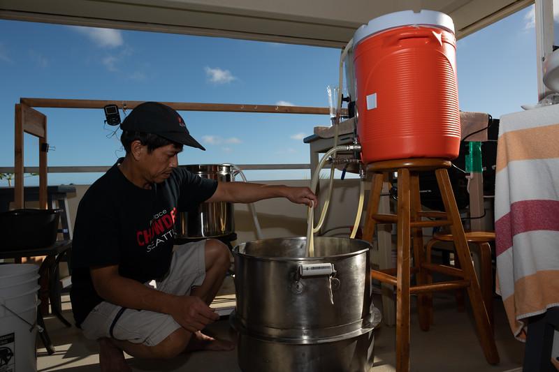 Hawaii - Brewing Beer-70.jpg