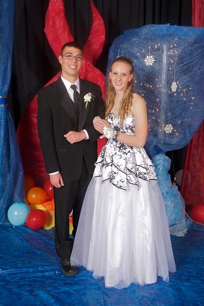 Axtell Prom 2012.jpg