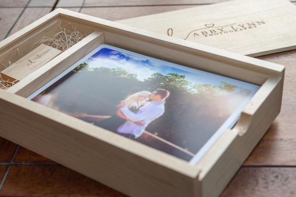 PhotoBox_USB_Maple_002.jpg