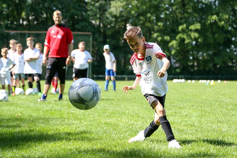 hsv_fussballschule-232_48047993083_o.jpg