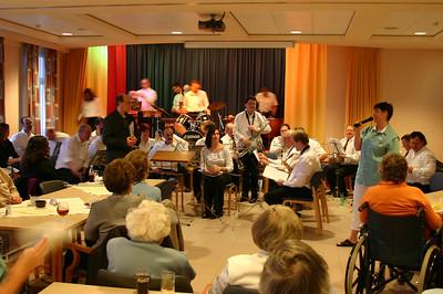 Valentijnsconcert Harmonie Arbeid en Kunst in Woon- en Zorgcentrum 't Blauwhof