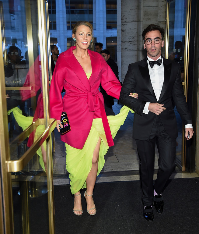 . Actress Blake Lively arrives with an unknown guest at the American Ballet Theatre\'s 2017 Spring Gala at The Metropolitan Opera House on Monday, May 22, 2017, in New York. (Photo by Evan Agostini/Invision/AP)