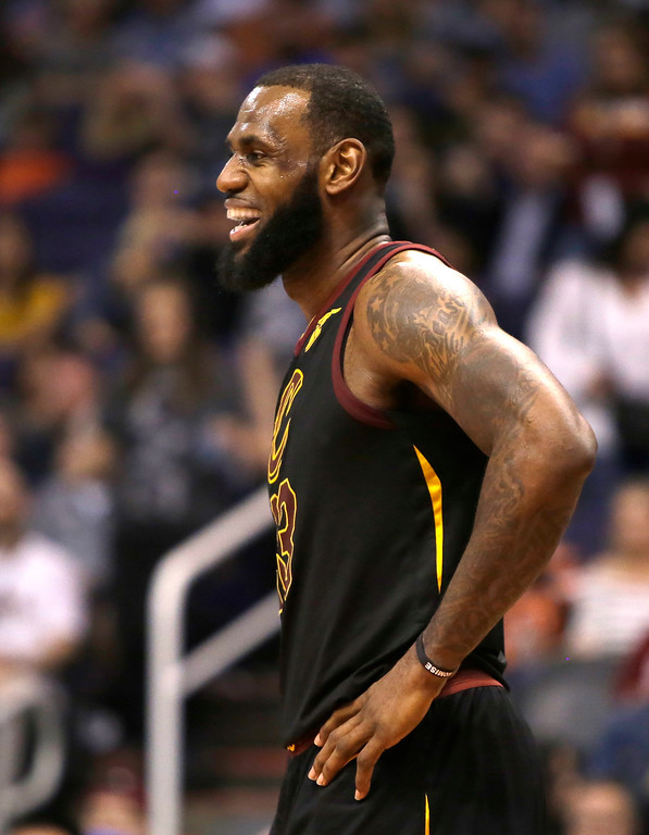 . Cleveland Cavaliers forward LeBron James (23) in the second half during an NBA basketball game against the Phoenix Suns, Tuesday, March 13, 2018, in Phoenix. The Cavaliers defeated the Suns 129-107. (AP Photo/Rick Scuteri)