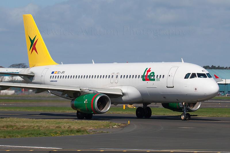 EC-JRX. Airbus A320-232. LTE International Airways. Prestwick. 160407.