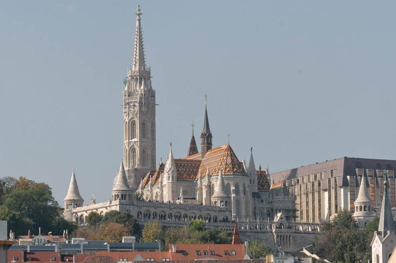 Nach einer Donaurundfahrt haben wir dann einen Ausflug zur St. Matthiaskirche gemacht.