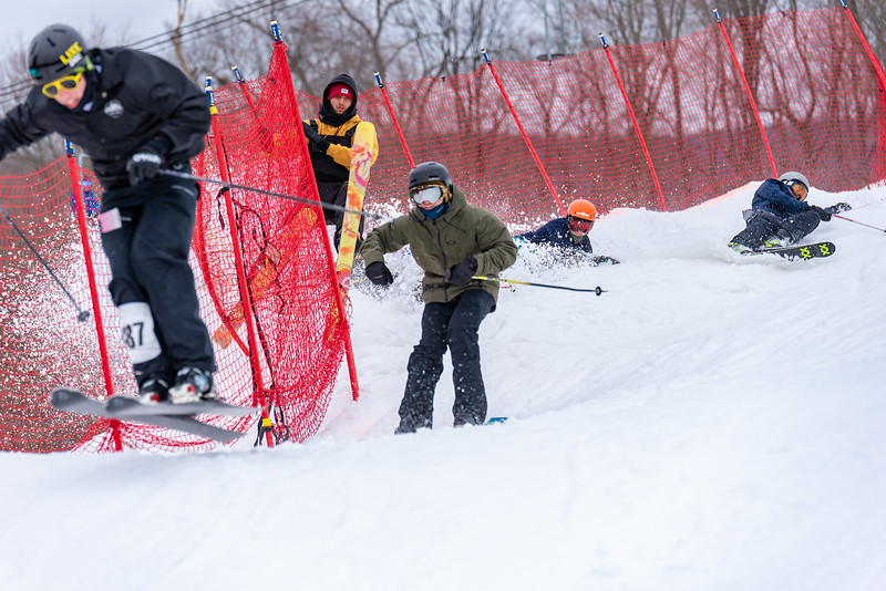 Carnival-Saturday_58th-2019_Snow-Trails-75291.jpg