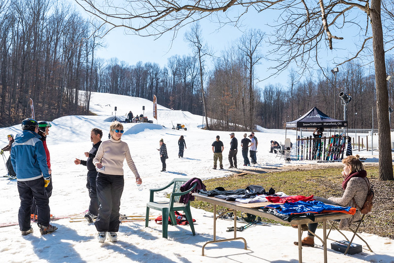 Backyard-BBQ-The-Woods-16-17_Snow-Trails-Mansfield-Ohio-1140.jpg
