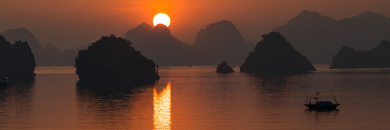 Sunrise at Halong Bay
