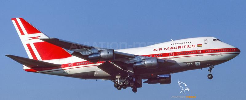 Air Mauritius_B74SP_3B-NAJ__ZRH_19870700_Approach_Sun_0822-016_AM_Small.jpg